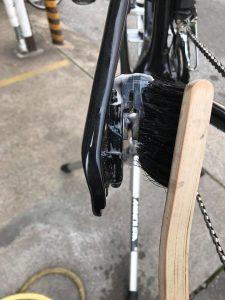 ディスクブレーキメインテナンス キャリパー洗浄6